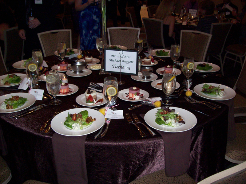 2012-hope-dinner-table